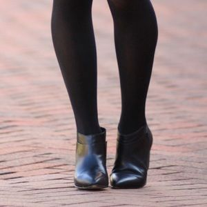 Ankle boots by Naturalizer